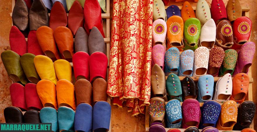 Marraquexe Guia de Viagem - sapatos marroquinos à venda