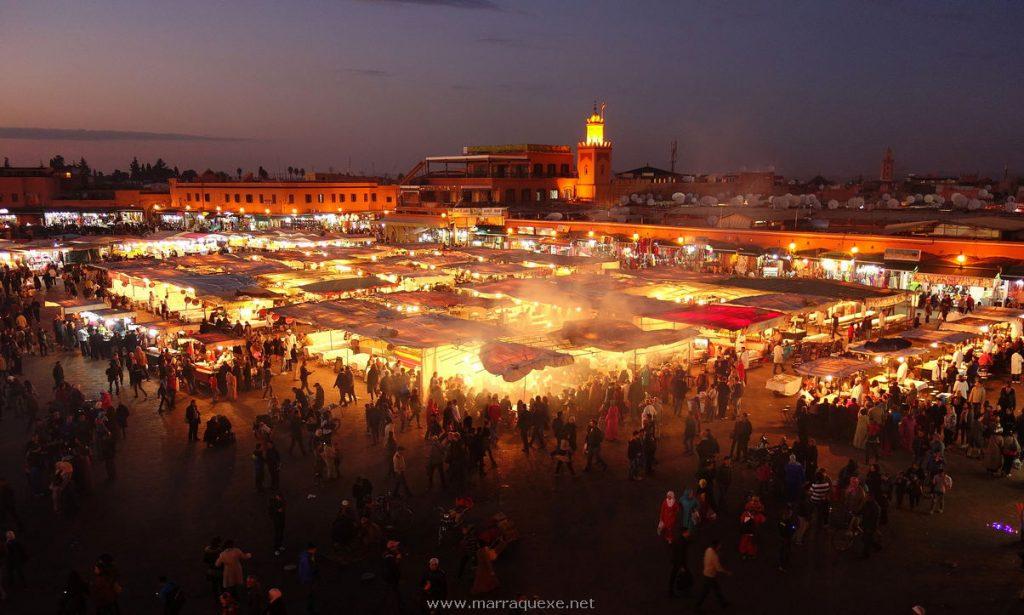 Praça Jemaa el Fna em Marrakech